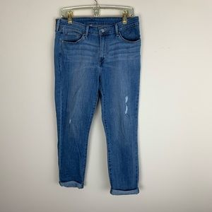 Levi's | Distressed Ankle Light awash Jean size 31